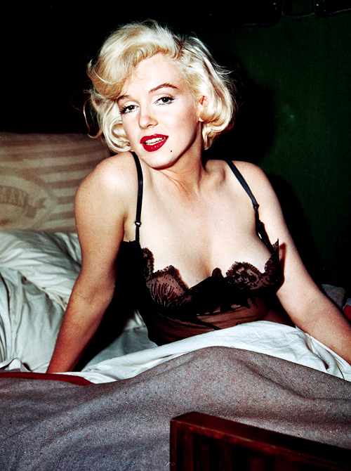 Sexy women in there 50s